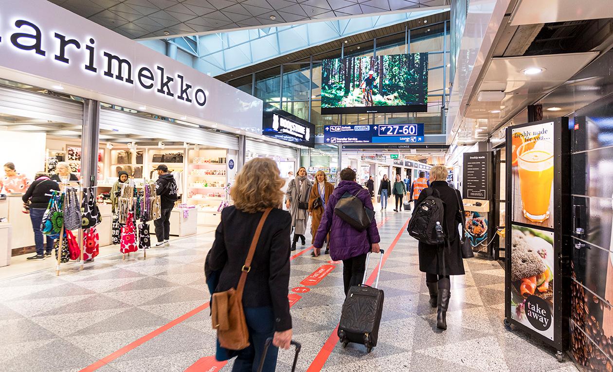 Helsinki-Vantaan lentoaseman matkustajat antoivat hyvää palautetta Finavian terveysturvallisuuteen liittyvistä toimenpiteistä