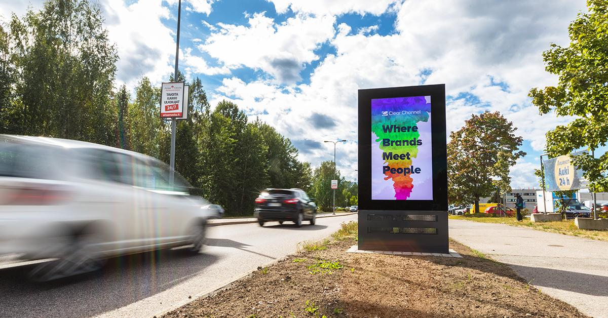 Loistouutisia mainostajille: Vantaalle tulee kaupunkipyörien myötä noin 30 suurta digitaalista mainospintaa