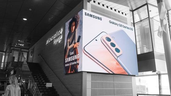 https://info.clearchannel.fi/hubfs/Samsung_The%20High%20Street_3_T2%20Schengen-bw.jpg