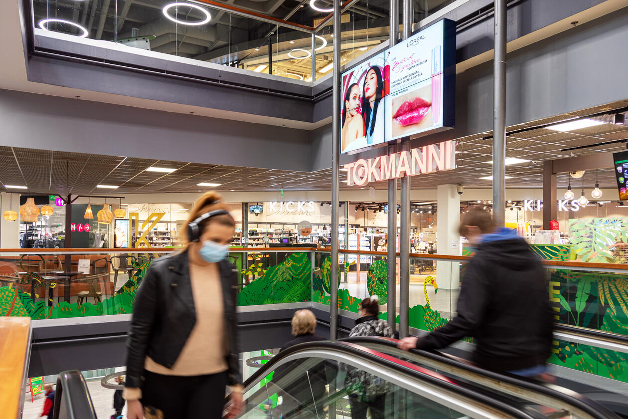 Mylly Shopping Walls (horizontal, indoor)