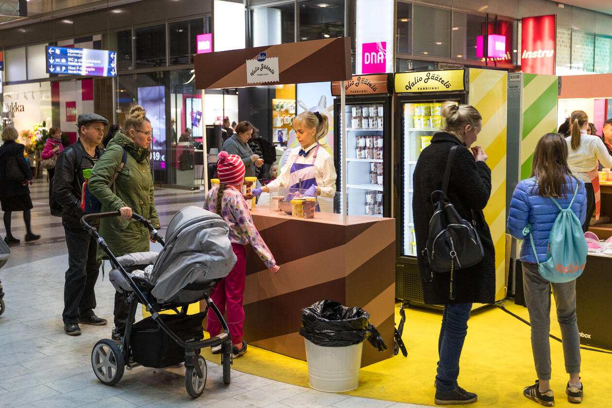 Helsinki - Kamppi Promotion Places