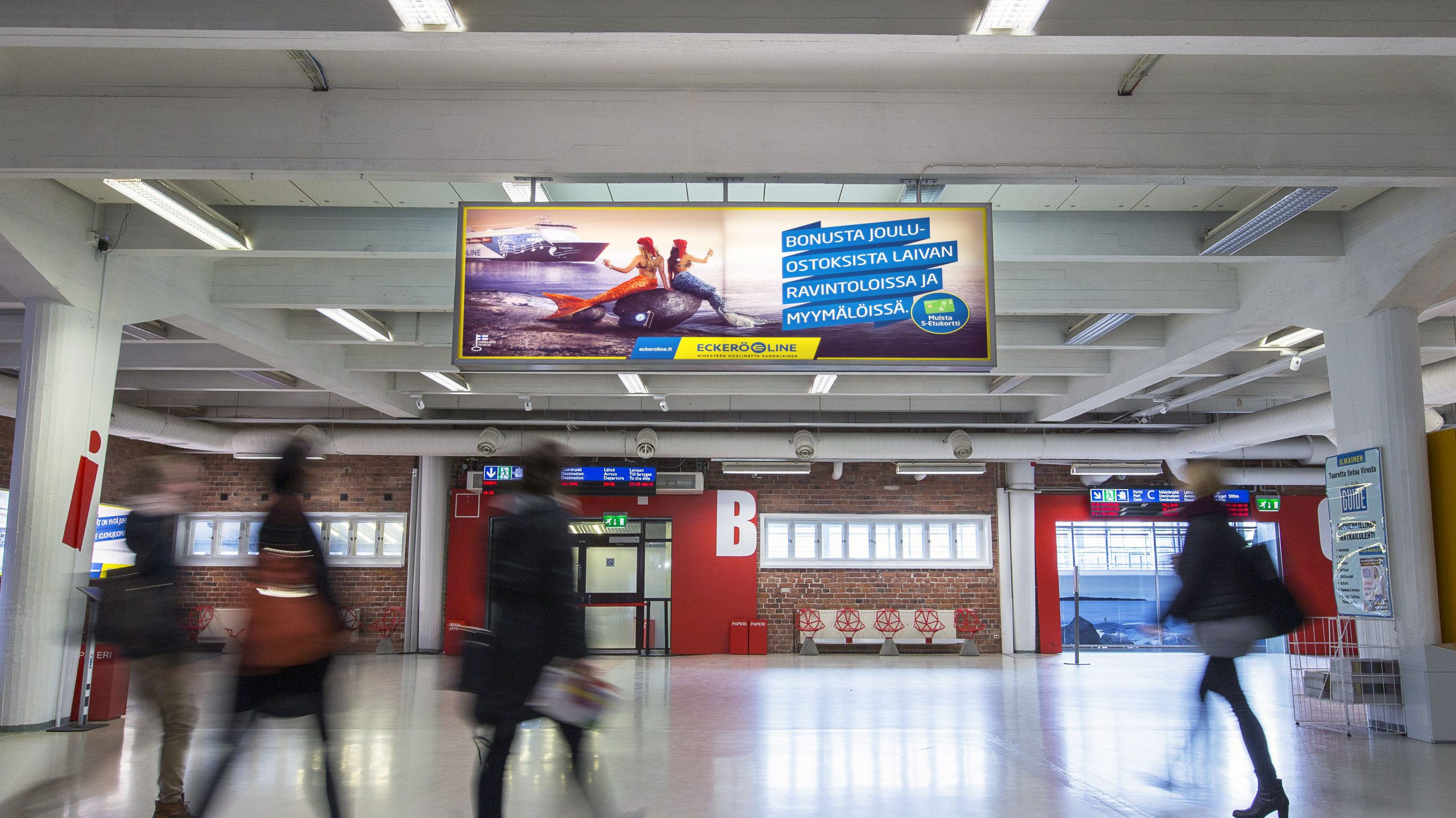 Ports - West Terminal T1 Lightboxes